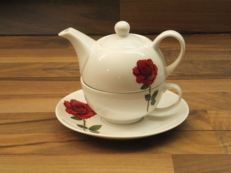 RO 540  Rose rot / Tea for One / Porzellan