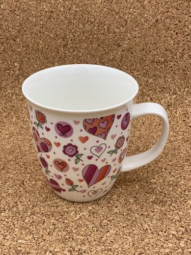 HE 551 / Herzen / New Bone China Becher 0,4L